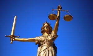 O zi la Judecătorie