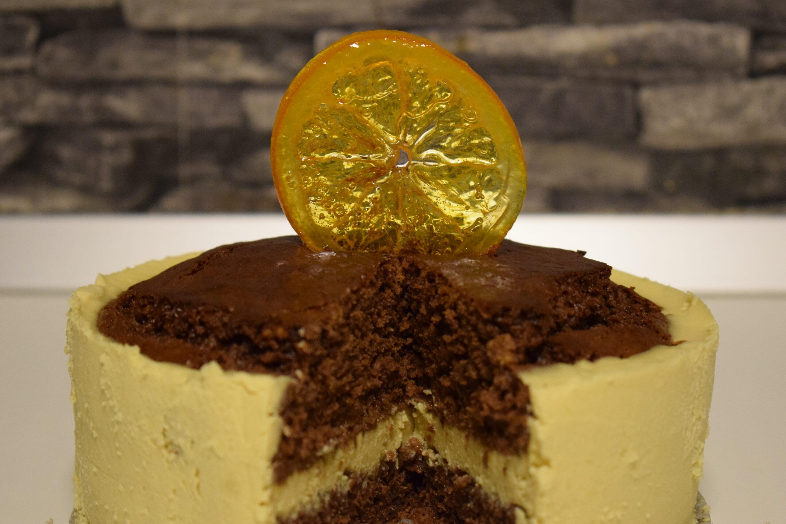 Tort cu aromă de turtă dulce și portocale