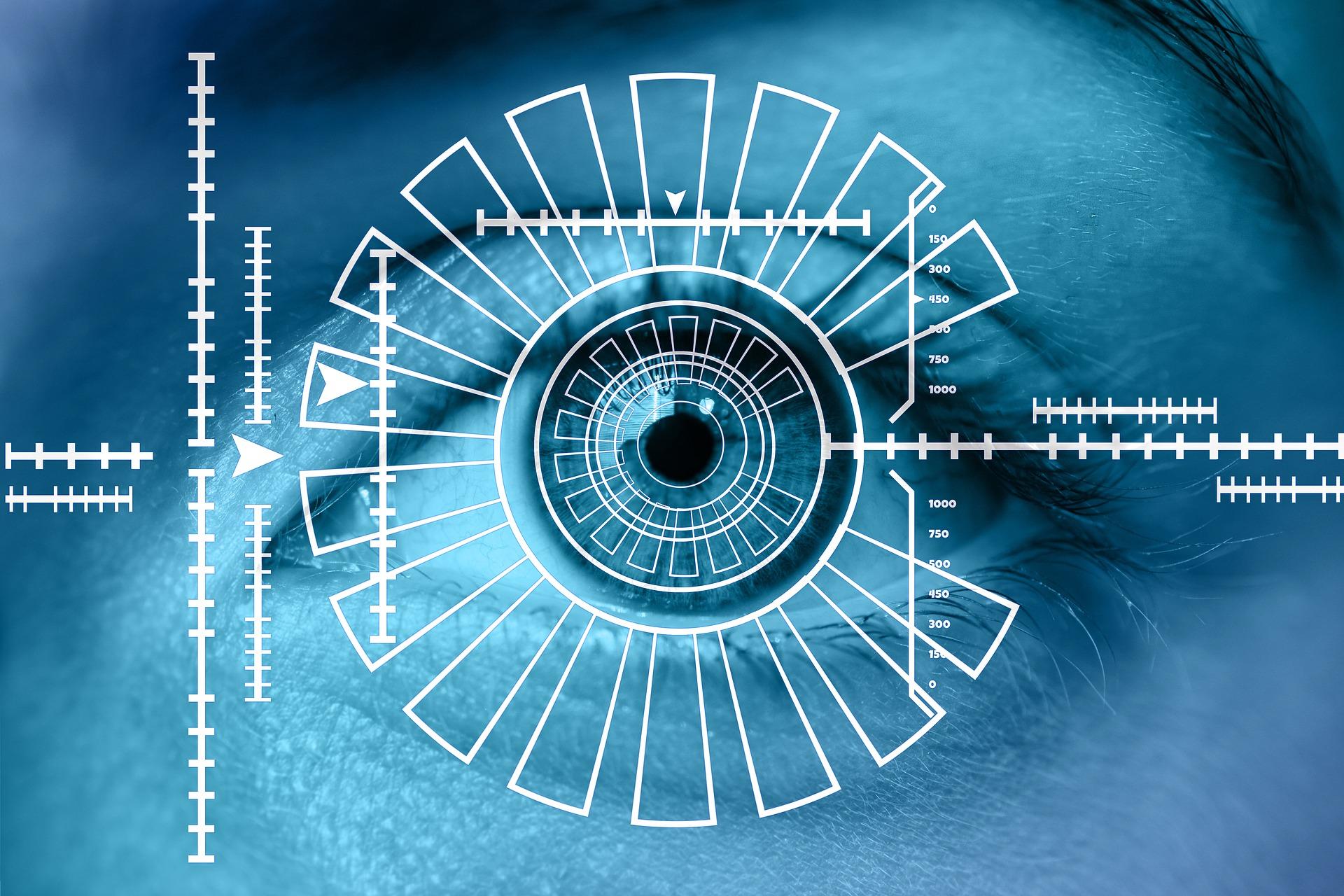 Mi se zbate ochiul drept – superstiție vs. fenomen medical