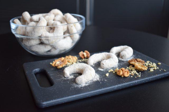 Cornulețe cu nucă – Rețetă vegană